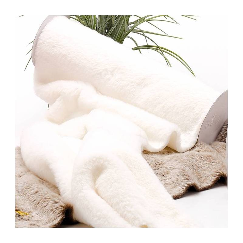 Chemin de table fourrure blanc 30cmx3mt