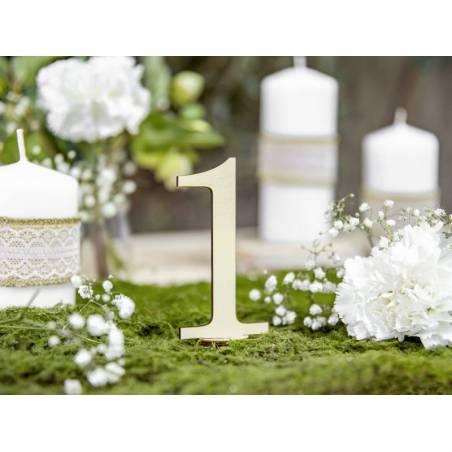 Numéros de table en bois 10.5cm