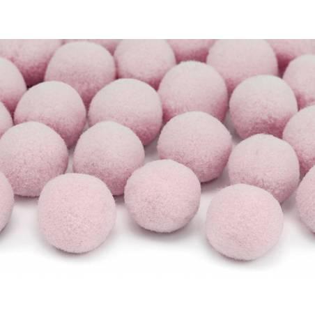Pompons en peluche rose clair