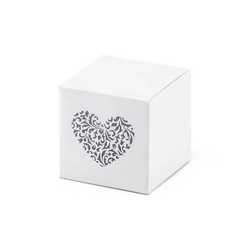 Boîtes avec un coeur d'ornement