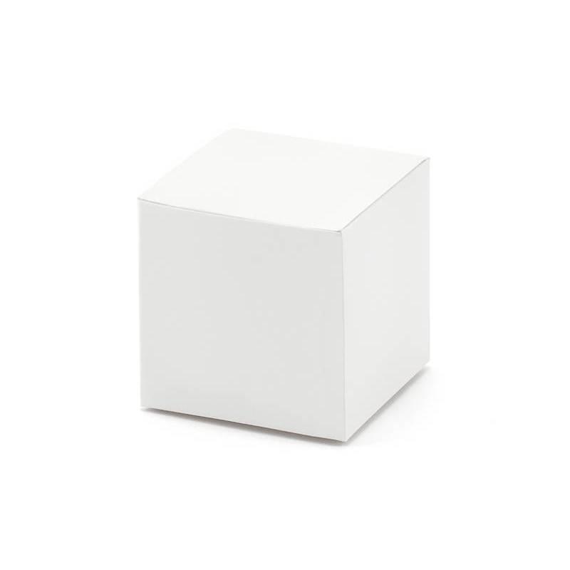 Boîtes carrées blanches
