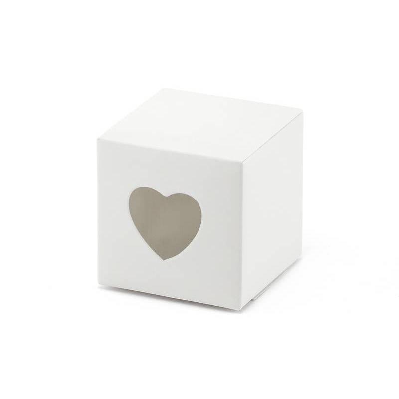 Boîtes avec un coeur blanc